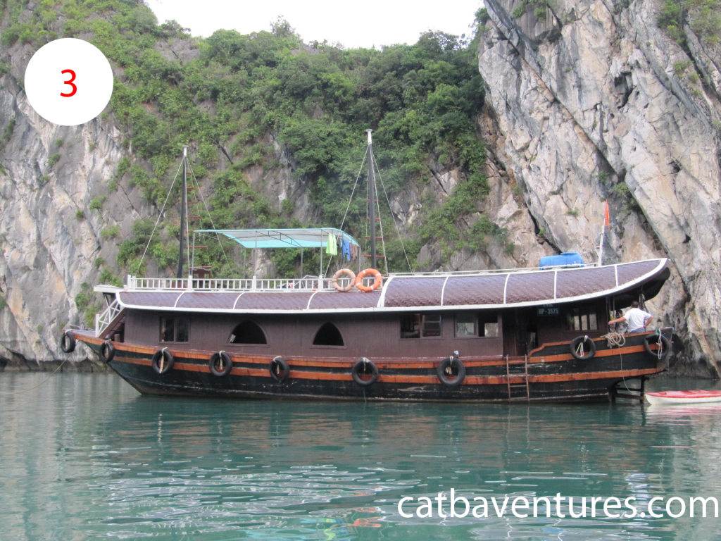 Cat Ba Tourist Boat, Sailing boat in Cat Ba 1