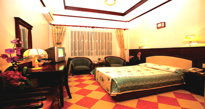 Princes Hotel - Hotel In Cat Ba Island 2